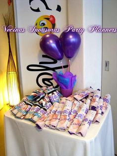 Violetta de Disney Birthday Party Ideas | Photo 21 of 27