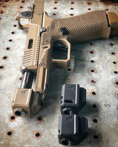 The needs help deciding on comps. ・・・ Should I switch up the comp on the Weapons Guns, Guns And Ammo, Glock Mods, Revolver Rifle, Agency Arms, Custom Guns, Fire Powers, Cool Guns, Firearms