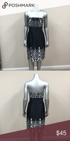 WHBM 100% Silk Dress Zipper on back. Slit on back. Beautiful. Excellent condition. Has little loops on side for belt but one is loose. Can just be cut out. Lining is 100% Acetate White House Black Market Dresses