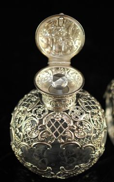 19th Century Baccarat crystal bottle w/ silver overlay : Lot 148
