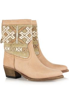 Come here my lovelies. Girly ethnic print? Yes please. I must have these.