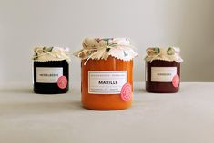 Packaging for homemade Jam at Ballonhotel. Designed by: Isabella Thaller, Austria. Honey Packaging, Bottle Packaging, Food Packaging Design, Packaging Design Inspiration, Branding, Jam Label, Pots, Canning Labels, Fruit In Season