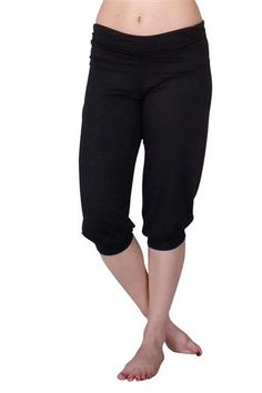 Obi Cropped Black Yoga Capris by Anjali. Incredibly soft and yummie, these may become your go to pant as the weather gets warmer.   A loose fitting leg with a band at the bottom and a fold over waist band.   Made from a soft Modal and Lycra fabric that is easy to care for, maintains the vibrancy of the colors and great for practice, hike or anything you might be up to. Pinned by KarmicFit | #yoga #yogapants #fitness #exercise #running #yogacapris #capris #fashion #cute