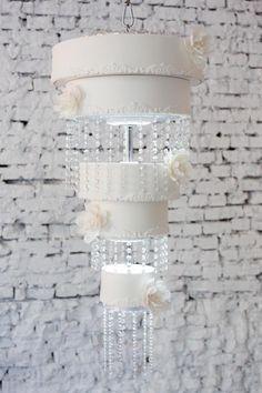 Clean lines cake chandelier by Evgenia Vinokurova White Wedding Cakes, Beautiful Wedding Cakes, Gorgeous Cakes, Amazing Cakes, Chandelier Cake, Chandelier Wedding, Gravity Cake, Gold Cake, Just Cakes