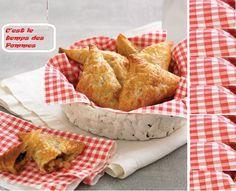 Préchauffer le four à 205 ˚C (400 ˚F). Dans une poêle, faire fondre le beurre à feu moyen. Ajouter les six prochains ingrédients, puis cuire 10-15 minutes ou jusqu'à ce que les pommes deviennent molles...