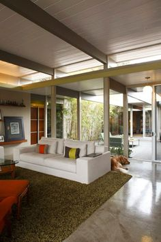 Atrium. Concrete floors.