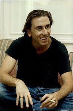 Keep calm and love Tim Roth Beautiful Smile, Gorgeous Men, Attractive Male Actors, Boys Keep Swinging, Keep Calm And Smile, Creepy Guy, Tim Roth, Ralph Fiennes, Gary Oldman