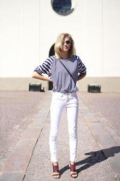 White skinnies stripes! always pair white skinnies with pattern