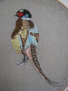 Handmade and Heritage - Amiee Warburton - what an elegant bird. Love this!