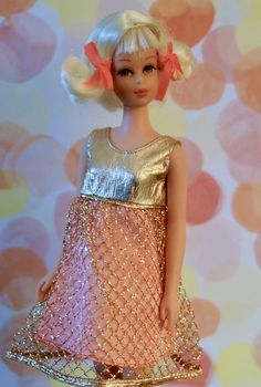1970 Hair Happenin's Francie doll #1122 wearing Gold Rush fashion