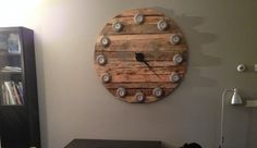 Klok zelf gemaakt Pallet hout!