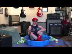 Makala Waterman Ukulele Review - Ellen's Favorite Thing at Fanny's of the Week - YouTube