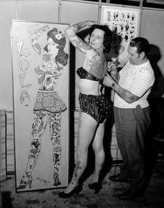 17 Kick-Ass Vintage Photos Of Women With Tattoos