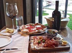 Ristorante del Lago – Fabulous Italian Food at The Broadmoor (That's Affordable!) Italian Recipes, Vegan Recipes, Tacos, Mexican, Restaurants, Diners, Vegane Rezepte, Restaurant, Food Stations