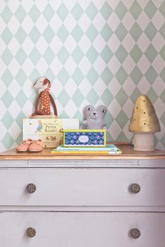Caroline & Simon's Modern Vintage Maisonette in London — House Tour Ferm Living Wallpaper, Mint Wallpaper, Harlequin Wallpaper, Bedroom Wallpaper, Bedroom Drawing, Boho Deco, Beautiful London, London House, Shared Rooms