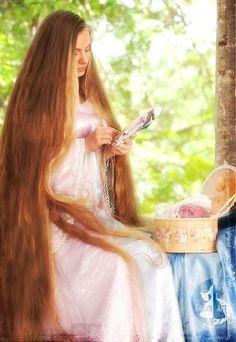 Very super long hair Beautiful Long Hair, Gorgeous Hair, Rapunzel Hair, Princess Rapunzel, Super Long Hair, Silky Hair, Pretty Hairstyles, Hair Goals, Her Hair