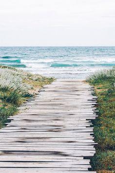 Dreaming of the beach. Купить тур со скидкой в режиме онлайн. Широчайший выбор стран и туристических услуг. Поиск горящих предложений на сайте турагентства. Купить по тел. 0936382888