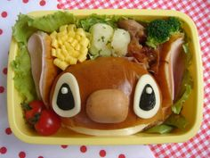 Stitch Kyaraben, Burger Bento BoxLunch aww @Kierra Holbert Gillies would you even be able to eat it, its soooo darn cute!