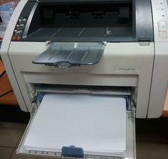 Imprimante laser ou imprimante jet d'encre ? Comment choisir ? Quels sont les critères à prendre en compte ? Nous vous disons tout.