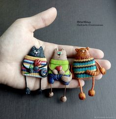 Accedi - Her Crochet Polymer Clay Cat, Polymer Clay Animals, Polymer Clay Miniatures, Polymer Clay Projects, Polymer Clay Creations, Polymer Clay Jewelry, Polymer Clay Pendant, Clay Magnets, Clay Cats