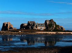 House Between The Rocks-France