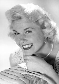 Available now at: www.etsy.com/shop/vintageimagerystore Doris Day Show, Top 10 Albums, David Niven, Jack Lemmon, James Cagney, Rock Hudson, Les Brown, Lauren Bacall