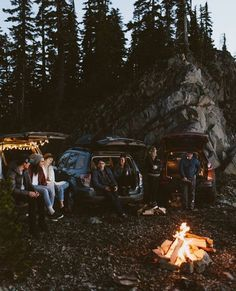 Squad goals outdoor travel, camping glamping, camping life, partners in crime, friends Camping Places, Camping Life, Camping Glamping, Group Camping, Camping Friends, Camping Meals, Adventure Awaits, Adventure Travel, Beach House Style