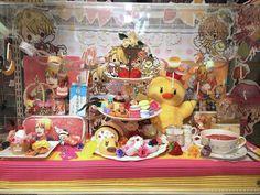 A Birthday display for Natsuki Shinomiya and Syo Kurusu (2014) in Kotobukiya Nipponbashi. Photo by Kotobukiya Nipponbashi