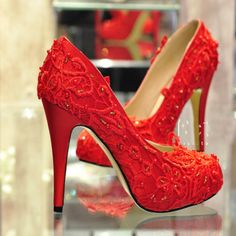 Lace Wedding Heels For Your Big Day! - http://www.stylishboard.com/lace-wedding-heels-big-day/