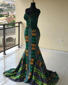 Shake the Fashion Table With These Beautiful Kente Styles - Sisi Couture African Prom Dresses, Latest African Fashion Dresses, African Dress, African Wedding Attire, African Attire, African Theme, African Style, Ankara Styles For Women, Kente Styles
