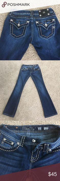 Nwot Miss Me bootcut jeans Sz 26 Never worn miss me jeans Sz 26 Miss Me Jeans Boot Cut