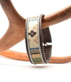 Swedish Sami Bracelet of pewter thread with 4 % silver, and reindeer leather - Ethnic cord Reindeer Antlers, Bone Jewelry, Cuff Bracelets, Leather Bracelets, Pewter, Ethnic, Weaving, Band, Brown