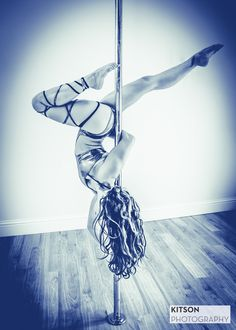 Elbow grip variation with Elle Louise Austin #pole