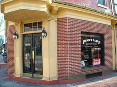 "Penn's Table ""The Original"" located in the heart of West Chester and is a perfect stop for breakfast or lunch while visiting shops in town."