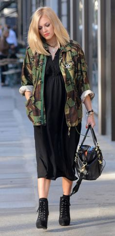 PICS: Fearne Cotton's amazing pregnancy style - Page 2 :: Handbag.com