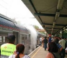 Pregopontocom Tudo: Trem da CPTM vira Maria-Fumaça após falha