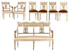 Sofa: Höhe: ca. 95 cm. Breite: ca. 129 cm. Tiefe: ca. 54 cm. Armlehnsessel: Höhe: ca. 89,5 cm. Breite: 57 cm. Tiefe: 51 cm. Stühle: Höhe: ca. 84 cm. Breite:...