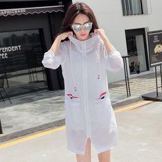 2017 New Summer UV Sun Protection Women's Windbreaker Clothing Beach Women White Sunscreen Hooded Sun Protection Coats