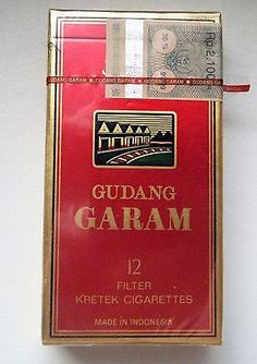 Ancien Paquet De 12 Cigarettes Gudang Garam Indonesie