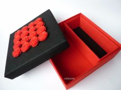 caja forrada de fieltro
