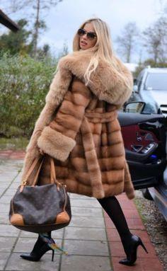 Новый слоновой кости сага норковая шуба лиса капюшон класс российского соболя шиншилла куртка