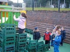 milk crates - a free resource for preschools Learning For Life, Learning Spaces, Movement Activities, Sensory Activities, Outdoor Areas, Outdoor Play, School Fun, Pre School, Milk Crates