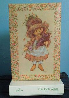 Vintage, nuevo en caja, tarjetas Hallmark 1973 álbum de fotos, Ilustración de María Hamilton