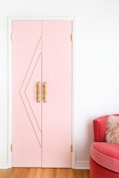 How To Make Our Pink Closet French Doors DIY Pink Closet French Doors—Love the idea of doing something like this for the guest or craft room. Not necessarily pink, but giving the doors some sort of visual interest.