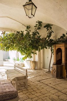 Gorgeous boutique hotel formerly an impressive century fortified farmhouse set amidst olive groves in the glorious Salento. Vertical Garden Plants, Italy Country, Italy House, Villas In Italy, Puglia Italy, Italy Italy, Italian Village, Living In Italy, Italian Home