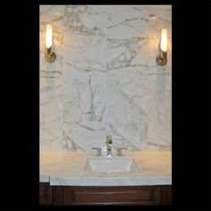 Calacatta Extra - Project by Arkitron Corp and RAF Projects Calacatta Gold Marble, Travertine, Engineered Stone, Gold Highlights, Perfect Foundation, Stone Tiles, Beautiful Bathrooms, White Marble, Natural Stones