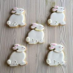 Easter Cookies are the best way to spread the festive cheer. Here are the best Easter cookies ideas & Easter cookie decorating inspiration for you to try. No Egg Cookies, Sprinkle Cookies, Baby Cookies, Heart Cookies, Italian Easter Cookies, Easter Biscuits, Birthday Cookies, Valentine Cookies, Christmas Cookies
