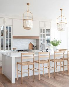Tall Kitchen Cabinets, Farmhouse Kitchen Island, Farmhouse Decor, Kitchen Island Stools, Timeless Kitchen Cabinets, White Kitchen Stools, Modern Farmhouse, White Kitchen Counters, White Counter Stools