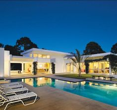 Inviting Yet Private: Noel Residence, Sarasota, by Jonathan Parks