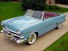 1953 Ford Crestline Sunliner Convertible   (I have one of these)